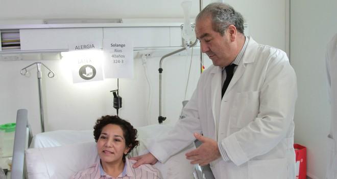 Subsecretario visita a paciente